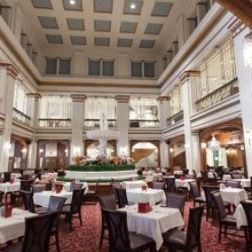 Walnut Room, Marshall Fields