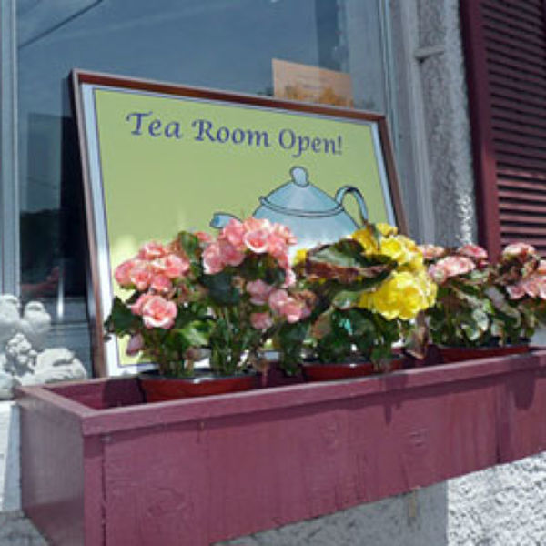 Crest Hill Antiques and Tea Room