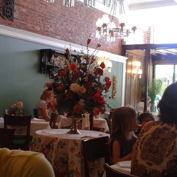 croswell chat rooms 11 reviews of governor croswell tea room had lunch here today with 17 other ladies service and food were great the owners both came over to chat with is.